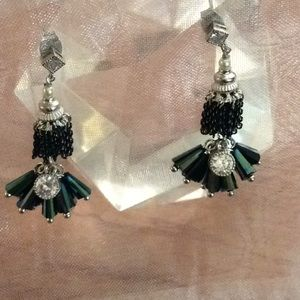 Drop earrings green and crystal stones